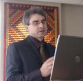 Mike Arbuckle of the World Bank giving a presentation at the Ministry of Fisheries head office in July 2008
